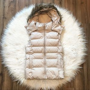 Uniqlo Down Puffer Vest with Furry Hood